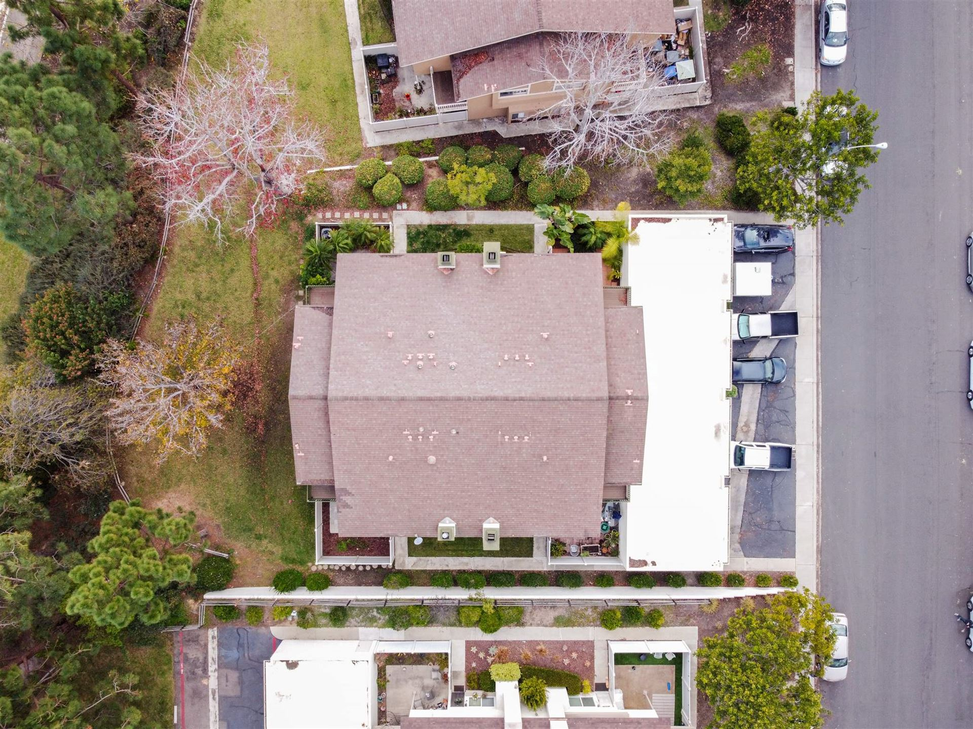 Photo of 159 Countrywood Ln, Encinitas, CA 92024 (MLS # 210000386)