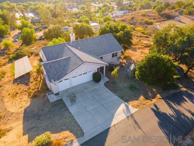 Photo of 309 Salmon Rd, Ramona, CA 92065 (MLS # 210017389)