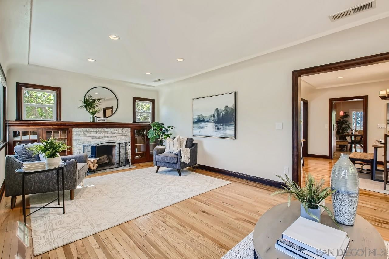 Photo for 3378 N Mountain View Drive, San Diego, CA 92116 (MLS # 210027389)