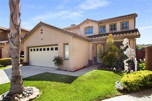 Photo of 1211 Calle Fantasia, San Marcos, CA 92069 (MLS # 200027390)