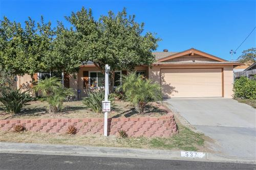 Photo of 537 Ricebird Dr, Vista, CA 92083 (MLS # 190062392)