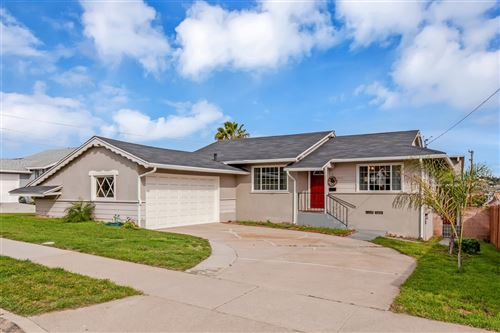 Photo of 835 PYRAMID ST, SAN DIEGO, CA 92114 (MLS # 200015392)