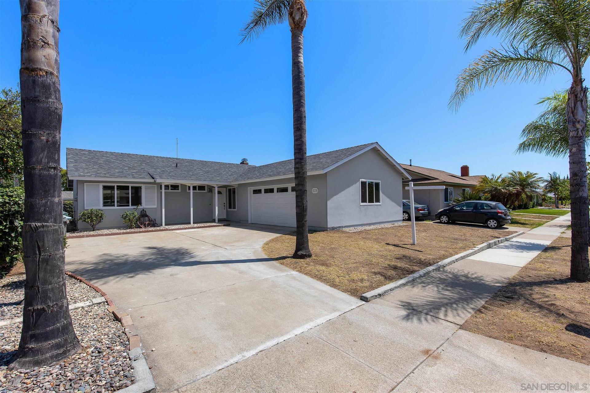 Photo of 2179 Montemar Ave, Escondido, CA 92027 (MLS # 210021392)