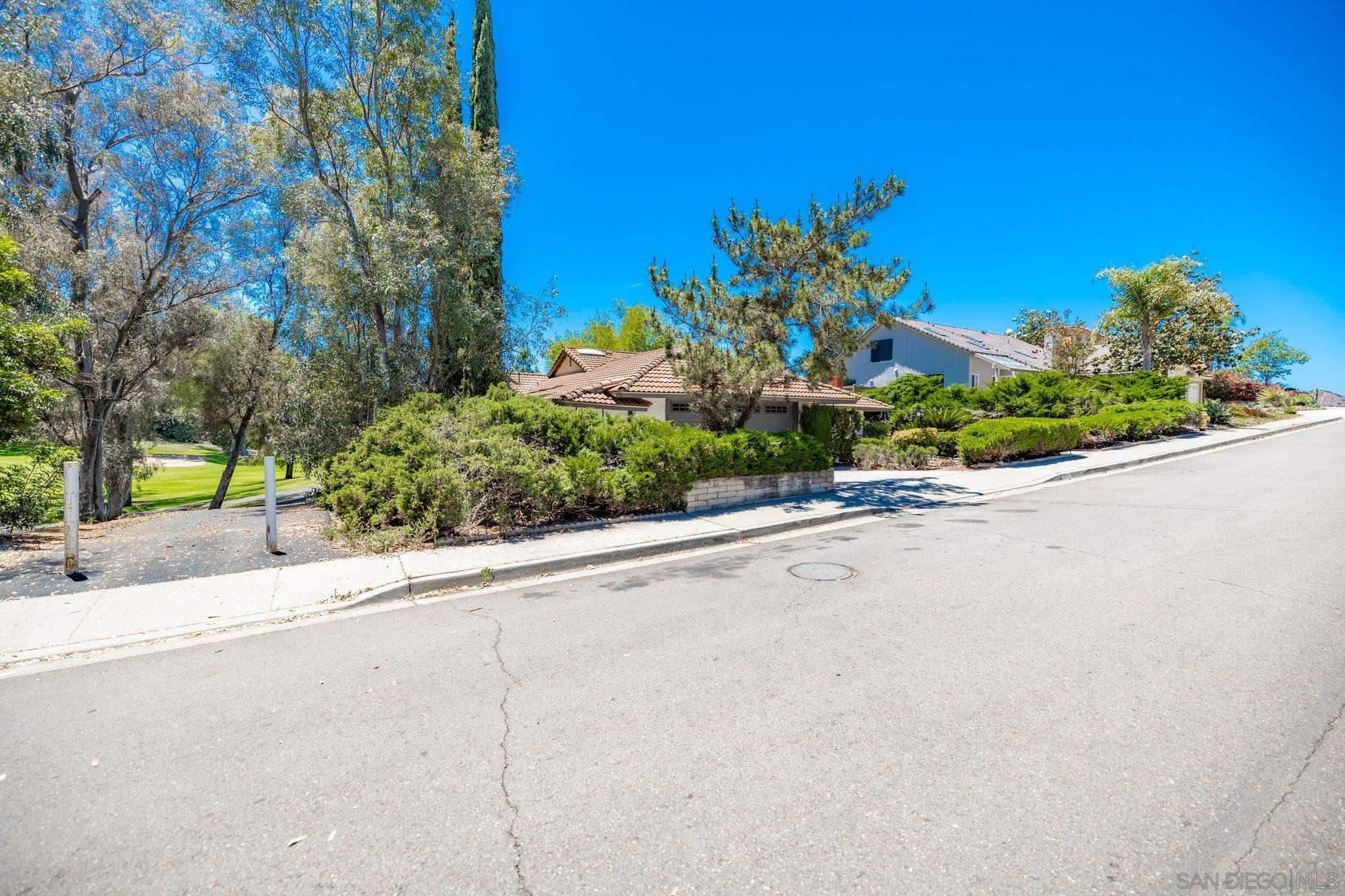 Photo of 17510 Frondoso Dr, San Diego, CA 92128 (MLS # 210016395)