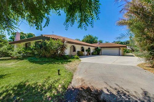 Photo of 175 Walnut Hills Dr, San Marcos, CA 92078 (MLS # 200031396)