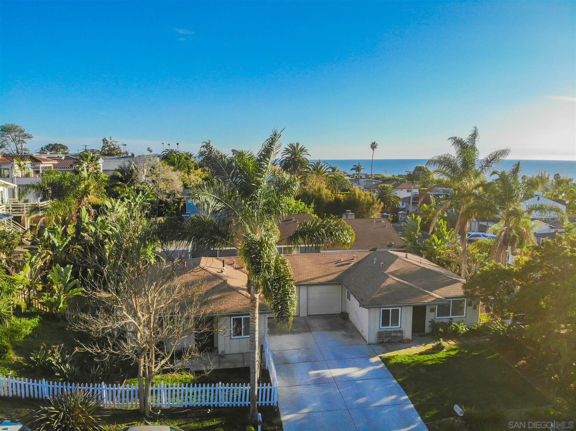 Photo of 647-649 Burkshire Ave, Cardiff By The Sea, CA 92007 (MLS # 210007396)