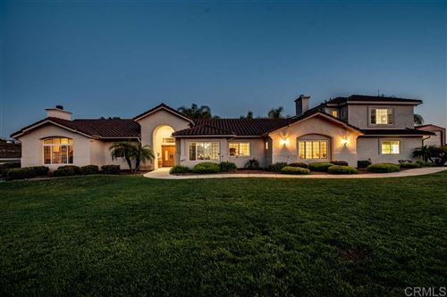 Photo of 30585 CRESCENT MOON DR, VALLEY CENTER, CA 92082 (MLS # 200028399)