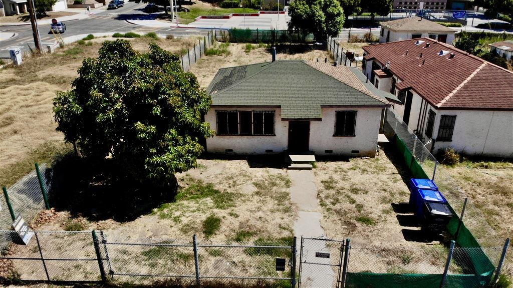 Photo of 3985 Z, San Diego, CA 92113 (MLS # 200032401)