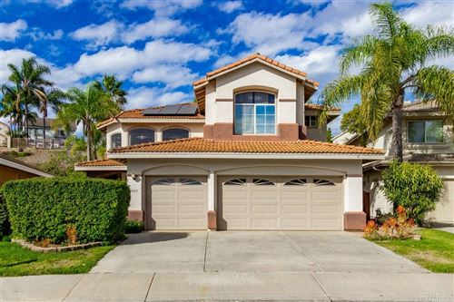 Photo of 2031 Highland View Gln, Escondido, CA 92026 (MLS # 190062409)