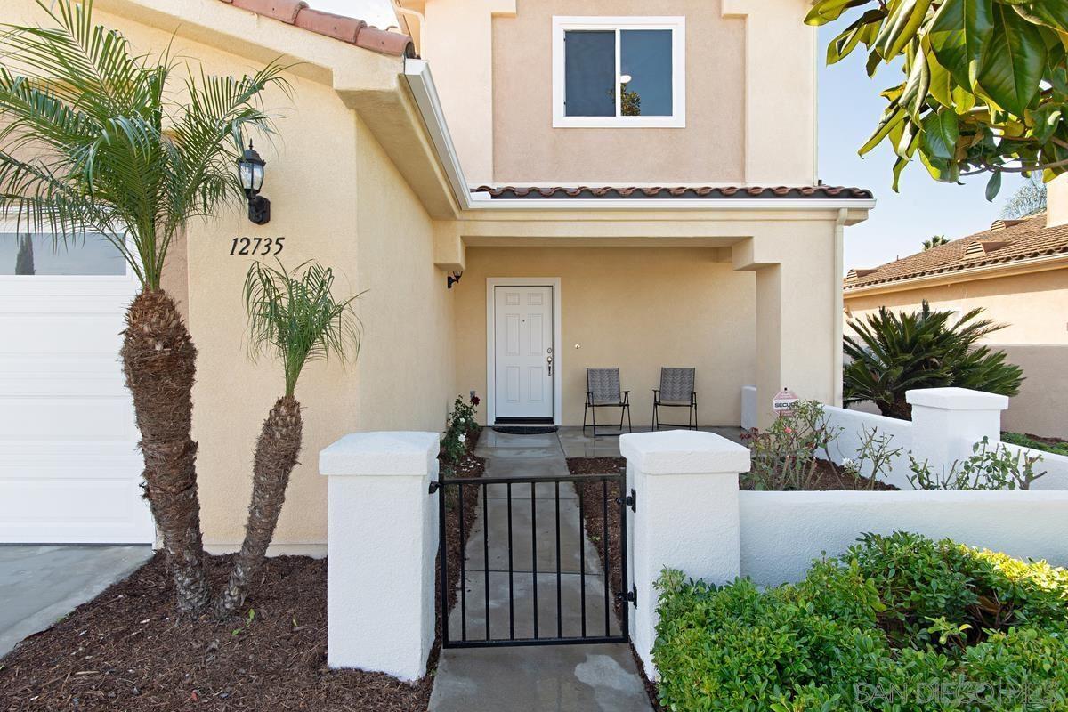 Photo of 12735 Oak Knoll Rd, Poway, CA 92064 (MLS # 210029410)