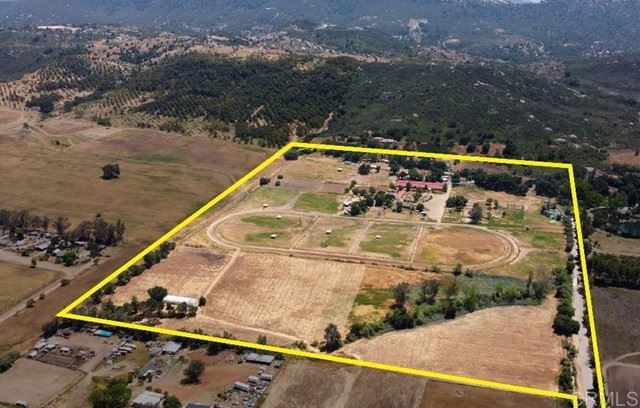 Photo of 29753 Valley Center Rd, Valley Center, CA 92082 (MLS # NDP2106410)