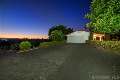 Photo of 1354 Cuesta Norte, Fallbrook, CA 92028 (MLS # 200031415)