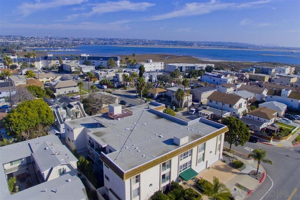 Photo of 4011 Lamont St 2E, San Diego, CA 92109 (MLS # 200030416)