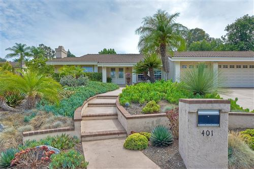 Photo of 401 Avenida Adobe, Escondido, CA 92029 (MLS # 210021423)