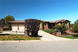 Photo of 4030 Flowerwood Lane, Fallbrook, CA 92028 (MLS # 300968425)