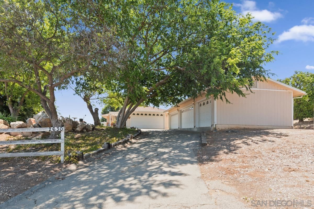 Photo of 2630 Dye Road, Ramona, CA 92065 (MLS # 210021426)