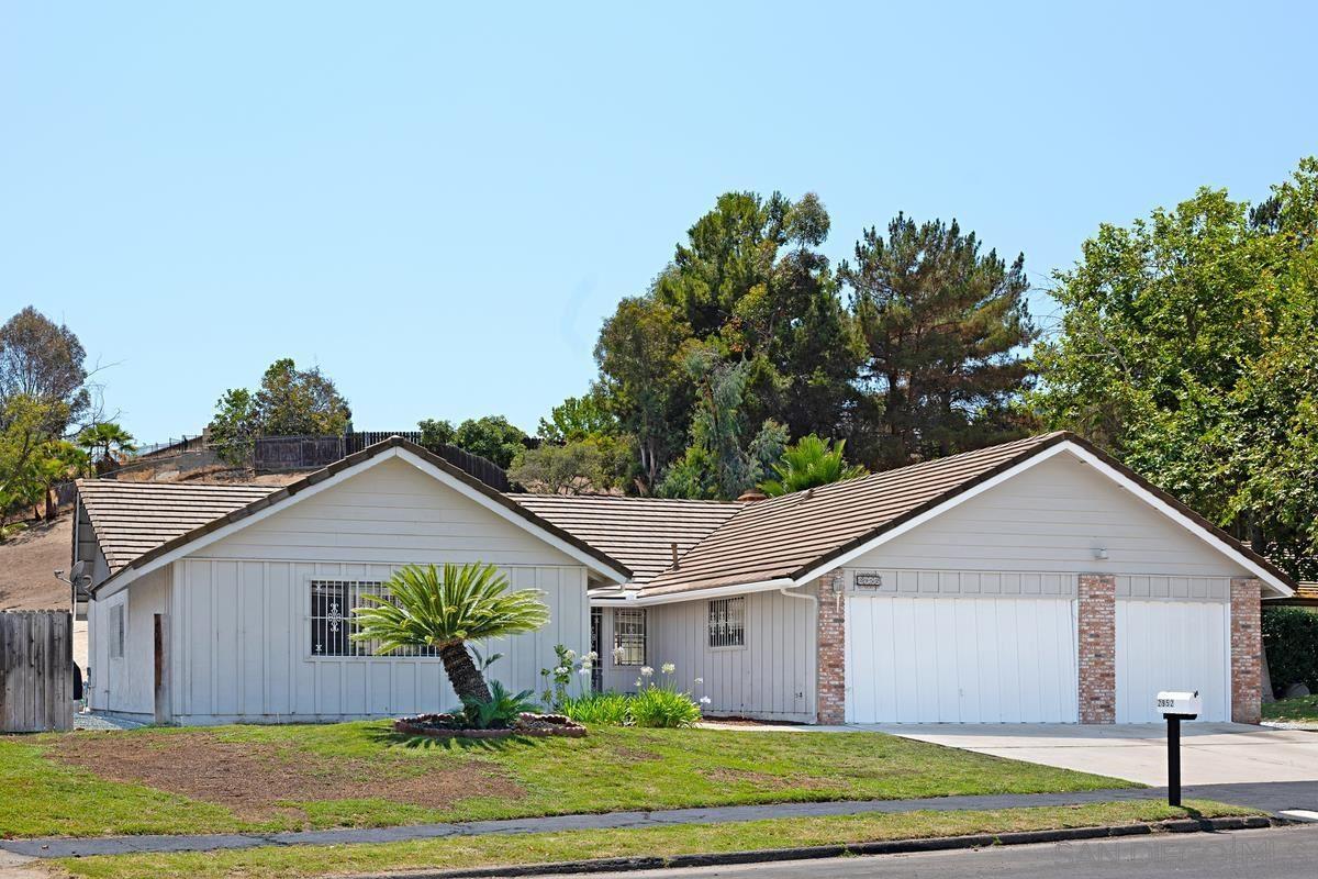 Photo of 2952 Degen Dr, Bonita, CA 91902 (MLS # 210020430)