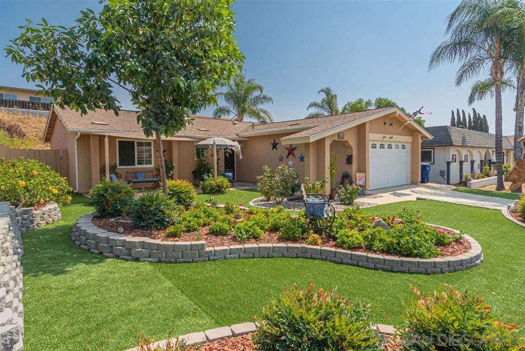 Photo of 10115 Carreta Drive, Santee, CA 92071 (MLS # 200045431)