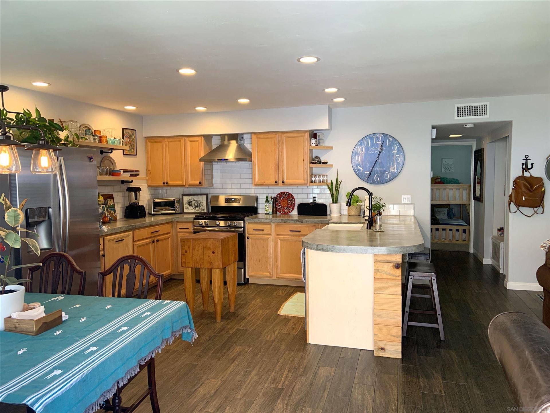 Photo of 2611 Via Eco, Carlsbad, CA 92010 (MLS # 210026431)