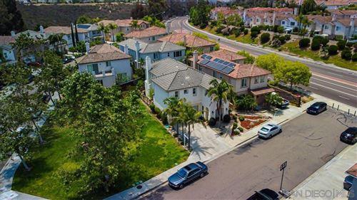 Photo of 12413 Mesa Vista Pl, San Diego, CA 92131 (MLS # 210017432)