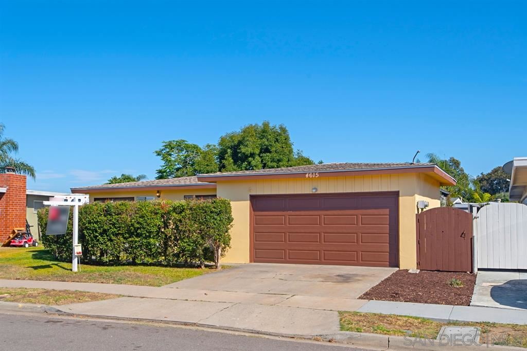 Photo of 4615 Hidalgo Ave, San Diego, CA 92117 (MLS # 200032434)