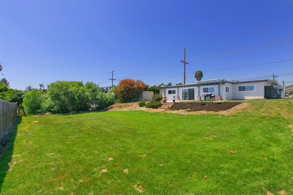 Photo of 1346 Olive Ave, Vista, CA 92083 (MLS # 200020437)