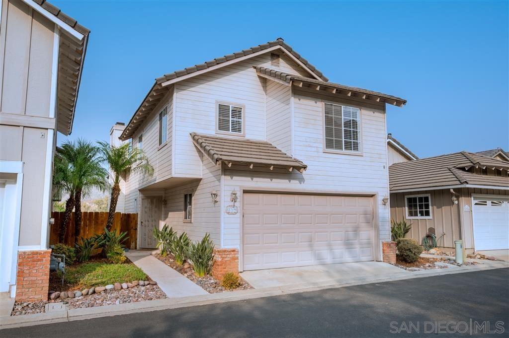 Photo of 2719 Blackbush Ln, El Cajon, CA 92019 (MLS # 200045438)