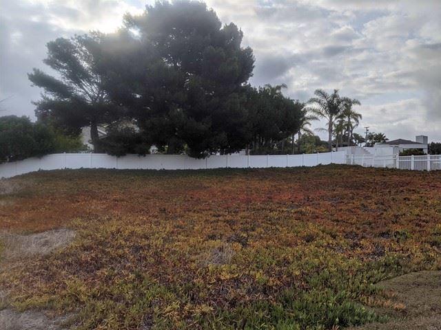 Photo of 0 HIghland Dr., Solana Beach, CA 92075 (MLS # NDP2110438)