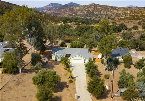 Photo of 15142 Rancho Vicente Dr, Ramona, CA 92065 (MLS # 200041442)
