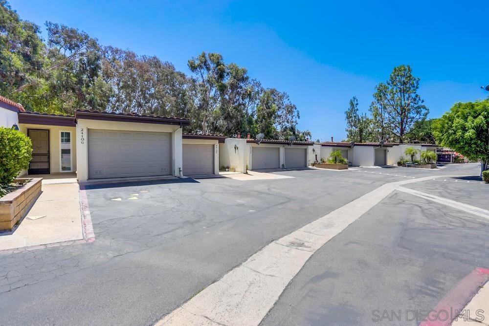 Photo of 2410 Altisma Way #G, Carlsbad, CA 92009 (MLS # 210021442)