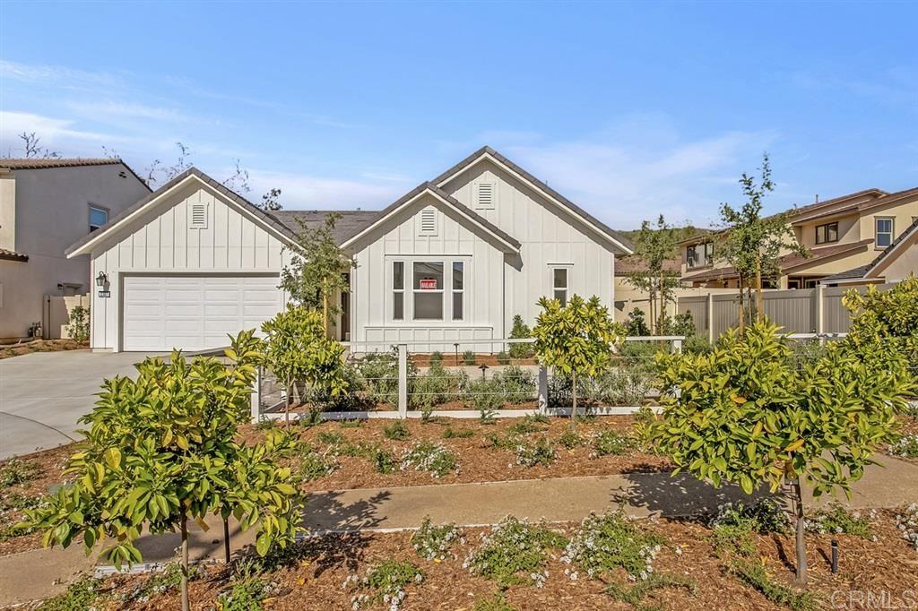 Photo of 2387 Mahogany Lane, Vista, CA 92084 (MLS # 200028446)
