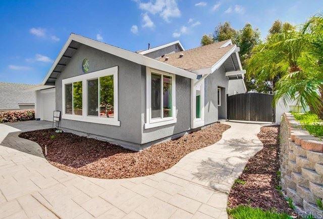 Photo of 348 Dorsey Way, Vista, CA 92083 (MLS # PTP2102447)