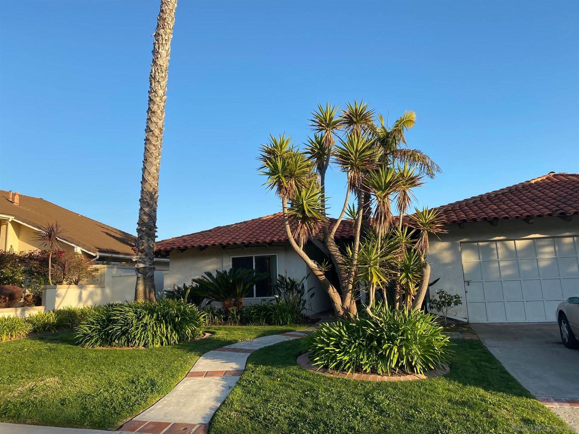 Photo of 426 Santa Alicia, Solana Beach, CA 92075 (MLS # 210007449)