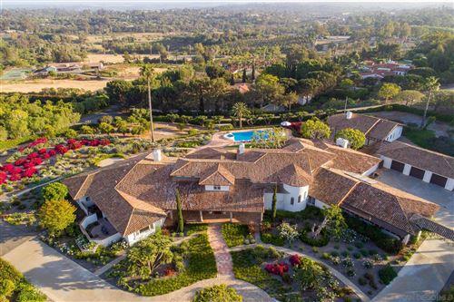 Photo of 18170 Via Roswitha, Rancho Santa Fe, CA 92067 (MLS # 210012452)