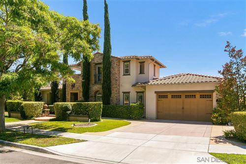 Photo of 11520 Edgewood Pl, San Diego, CA 92131 (MLS # 210017453)