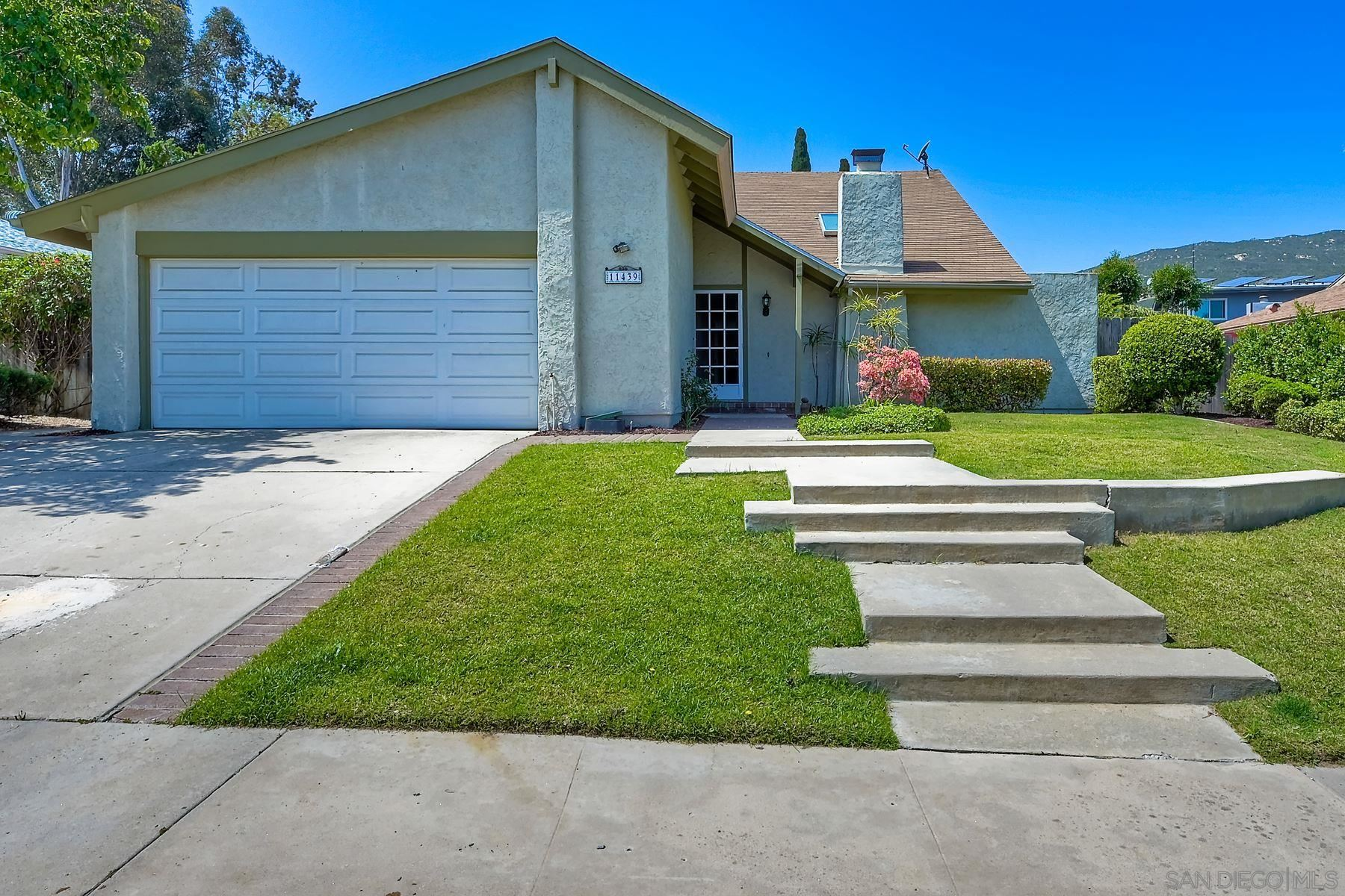 Photo of 11439 Lucera Place, San Diego, CA 92127 (MLS # 210009453)