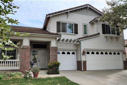Photo of 3244 Oak Wood Ln, Escondido, CA 92027 (MLS # 200037461)
