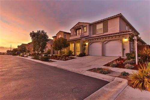 Photo of 6422 Lilac Way, San Diego, CA 92130 (MLS # 210003462)