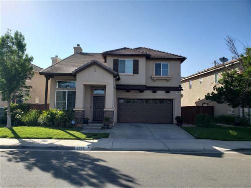 Photo of 3926 Bluff Street, Perris, CA 92571 (MLS # 210016464)