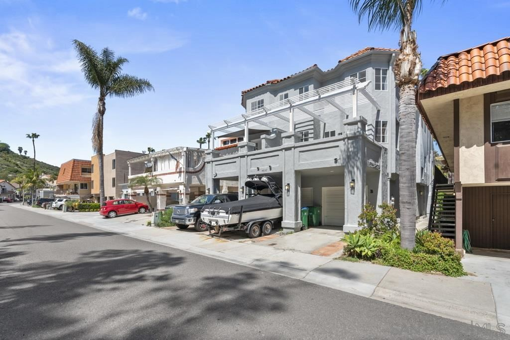 Photo of 4537 Cove Dr, Carlsbad, CA 92008 (MLS # 210009465)