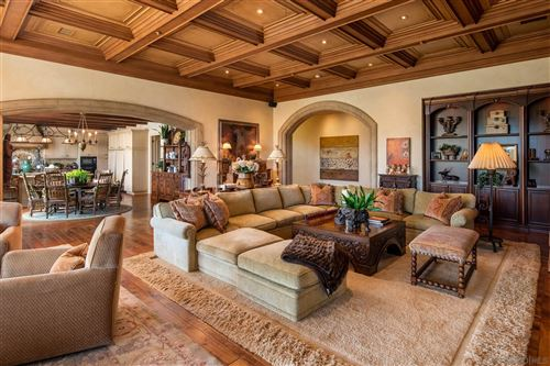 Photo of 4724 El Aspecto, Rancho Santa Fe, CA 92067 (MLS # 200048466)