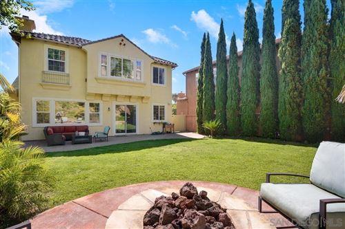 Photo of 1541 Fairway Vista, Encinitas, CA 92024 (MLS # 210019466)