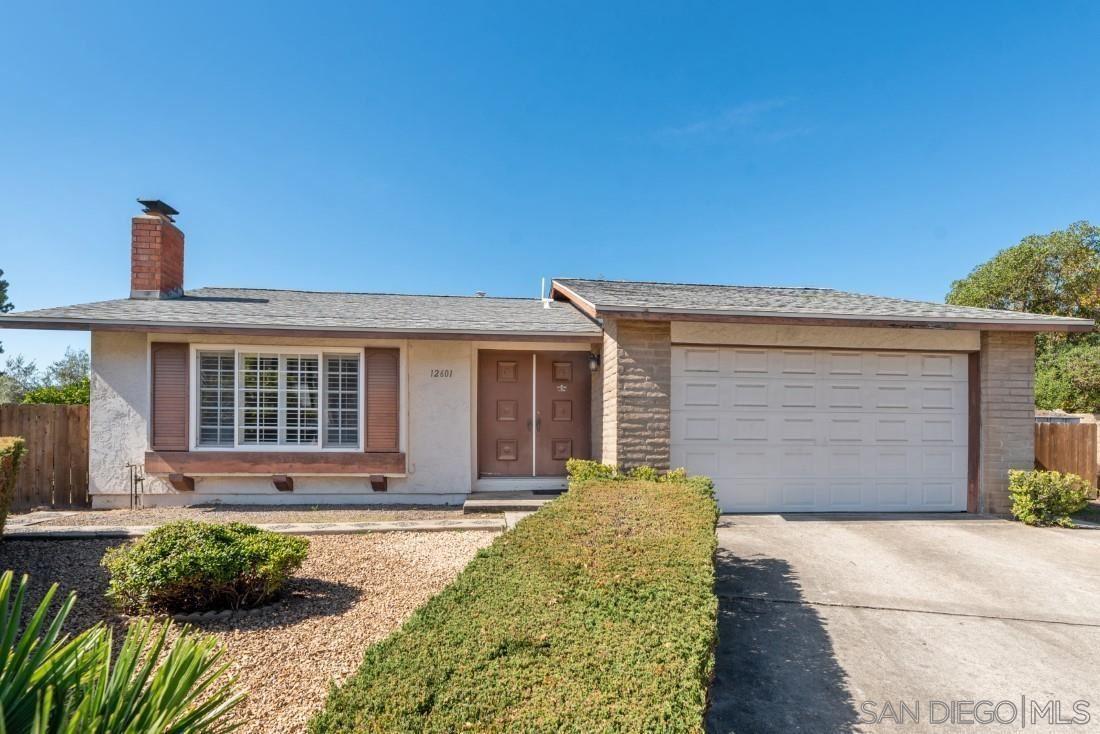 Photo of 12601 Avenida De Espuela, Poway, CA 92064 (MLS # 210029472)