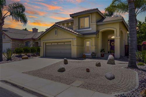 Photo for 13638 Essence Rd, San Diego, CA 92128 (MLS # 200034475)