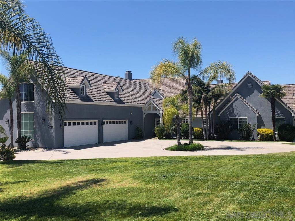 Photo of 17066 Cloudcroft Dr, Poway, CA 92064 (MLS # 200042478)