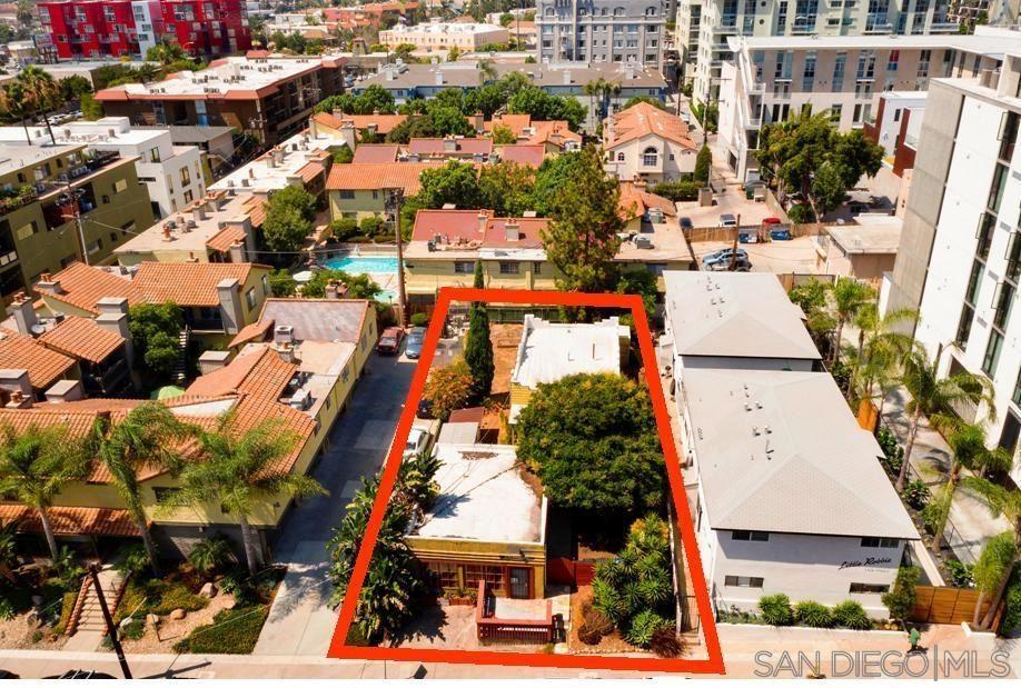 Photo of 1750 Robinson Ave (-52), San Diego, CA 92103 (MLS # 210021485)