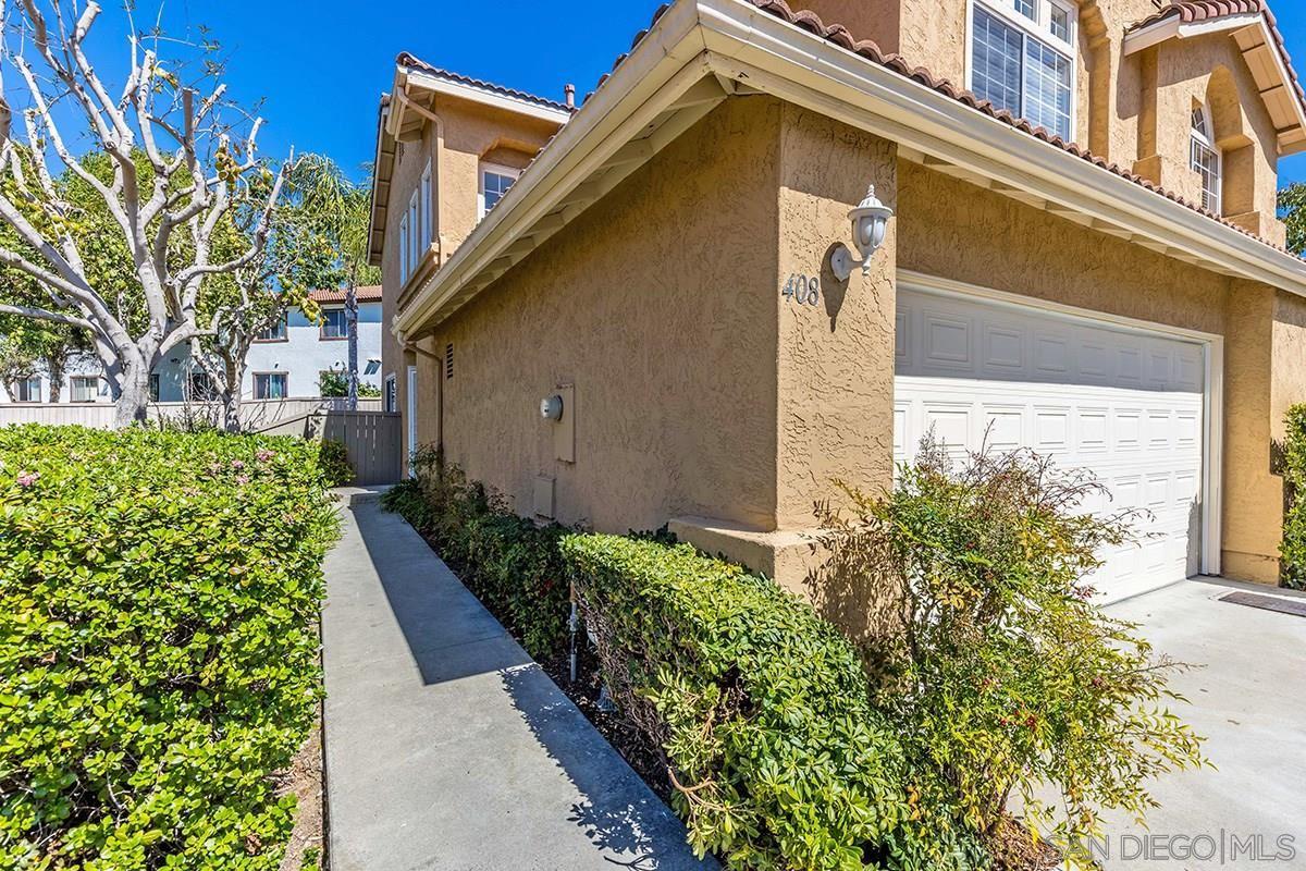 Photo of 408 Ferrara Way, Vista, CA 92083 (MLS # 210008486)