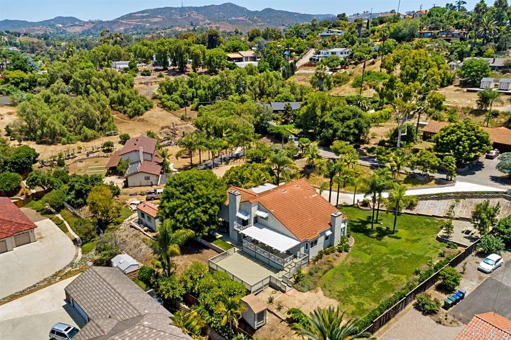 Photo of 1754 Kent Place, Vista, CA 92084 (MLS # 200030489)