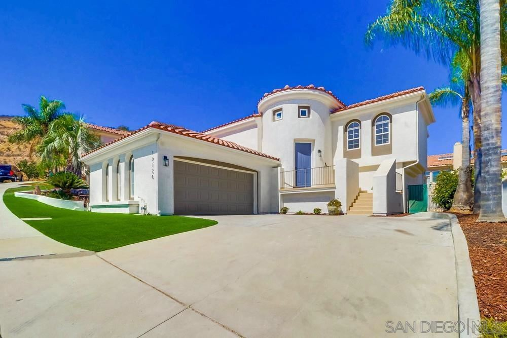 Photo of 10124 Fabled Waters Ct., Spring Valley, CA 91977 (MLS # 210026490)
