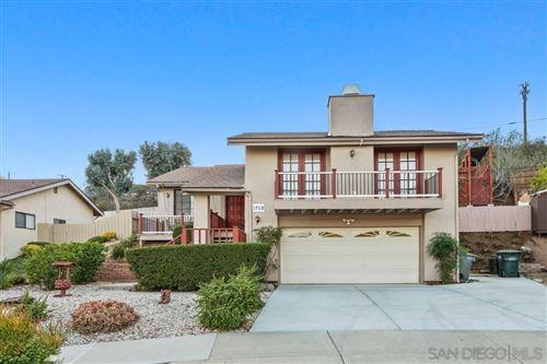 Photo of 1713 N Elm St, Escondido, CA 92026 (MLS # 210028497)